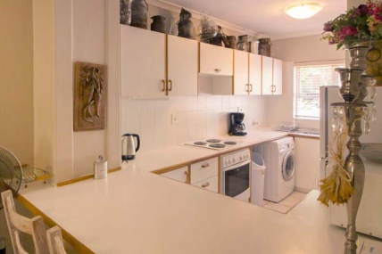 1563_1503492688-1027194835_DWKV-classic-2bed-kitchen[1].jpg